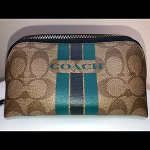 NEW Authentic Coach Pouch